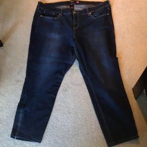 Torrid Zipper Ankle Crop Jeans Size 24W/28